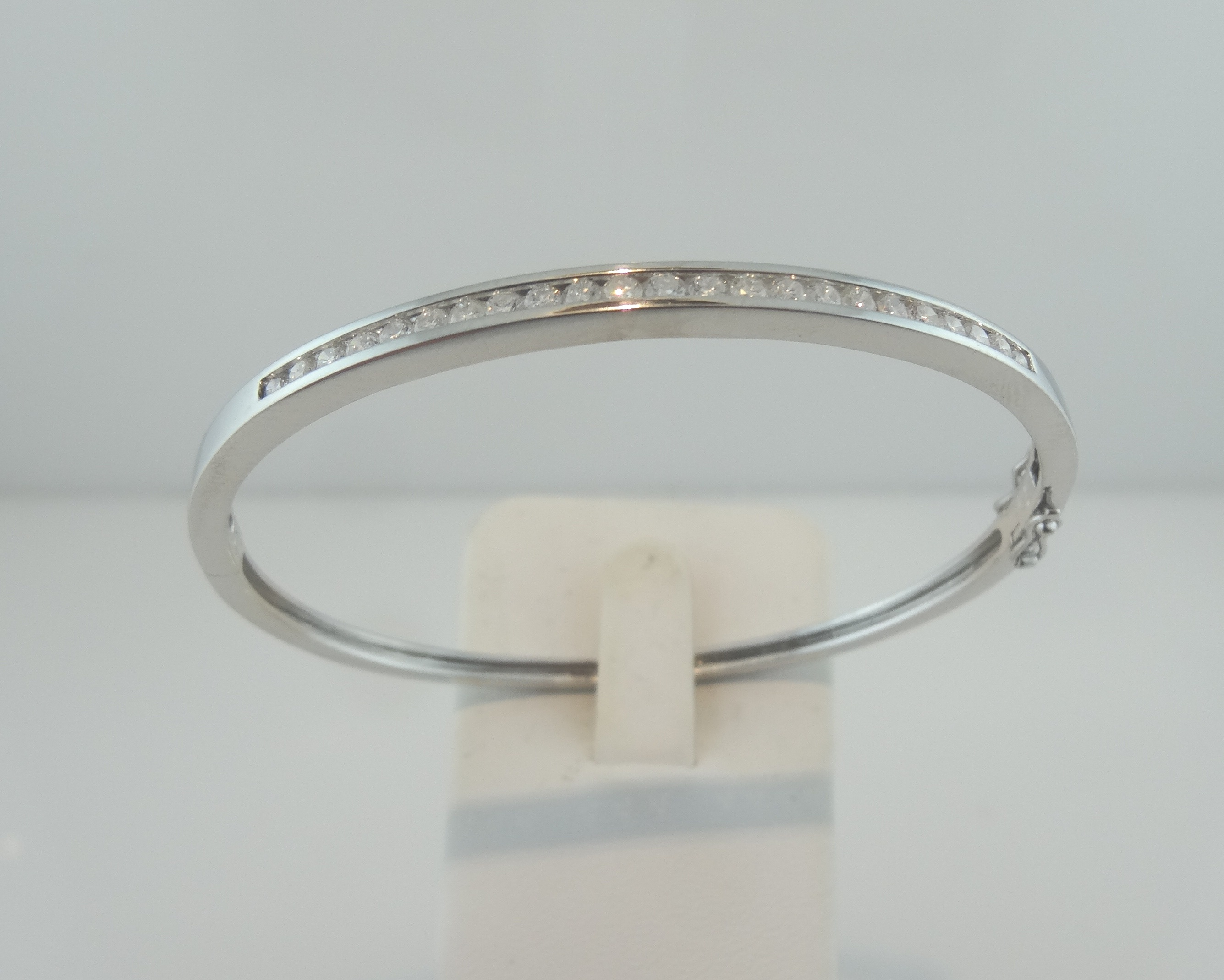 cut the striped diamond bangle products lfrank medium brilliant bbb