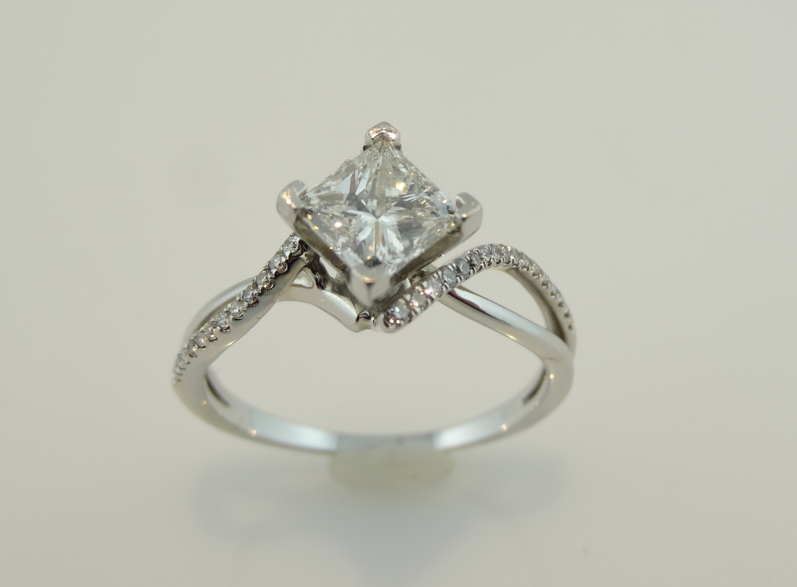 lane diamond in ring neil engagement leo owned pre setting rings carat a matching with band